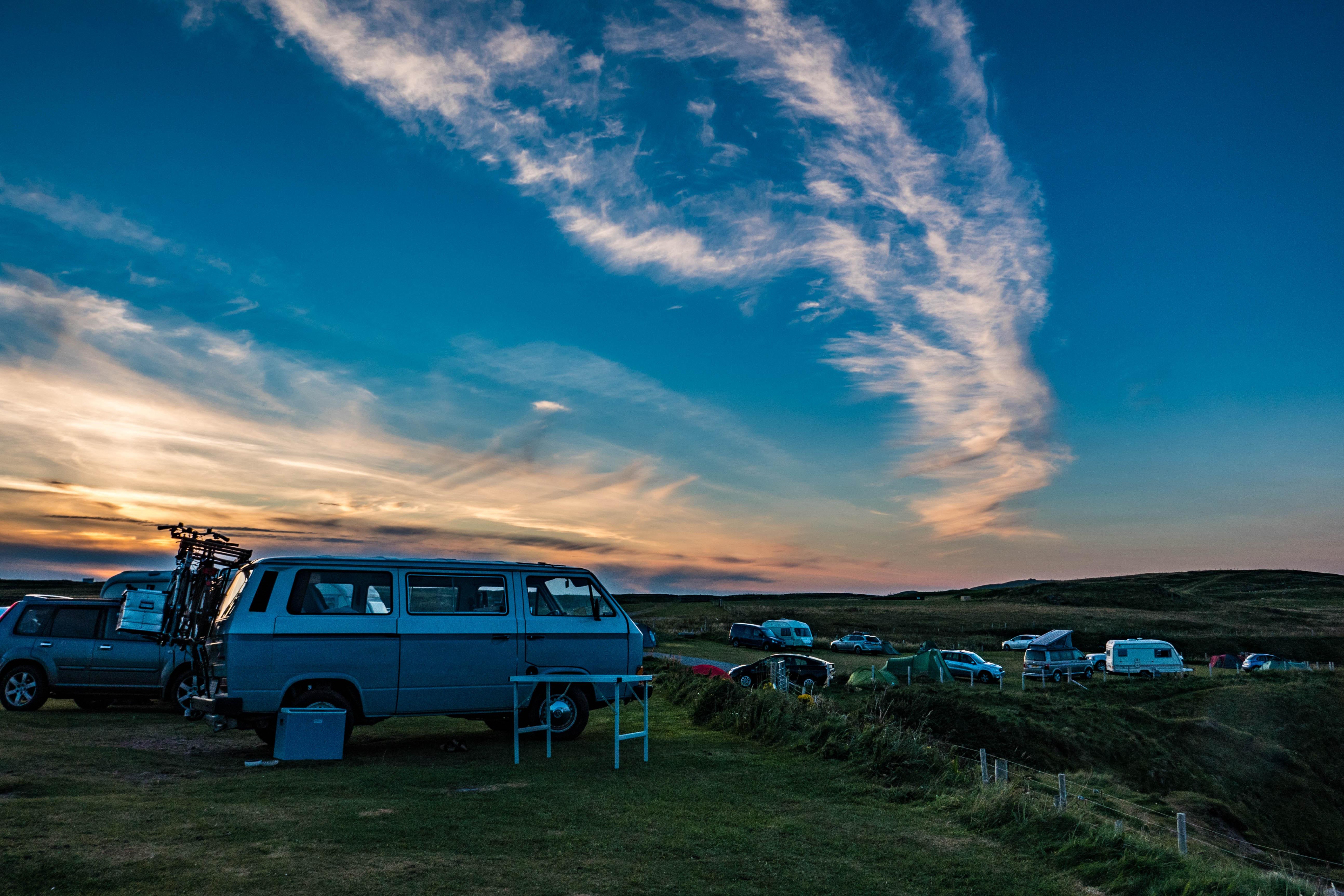 automobile-campervan-camping-587976